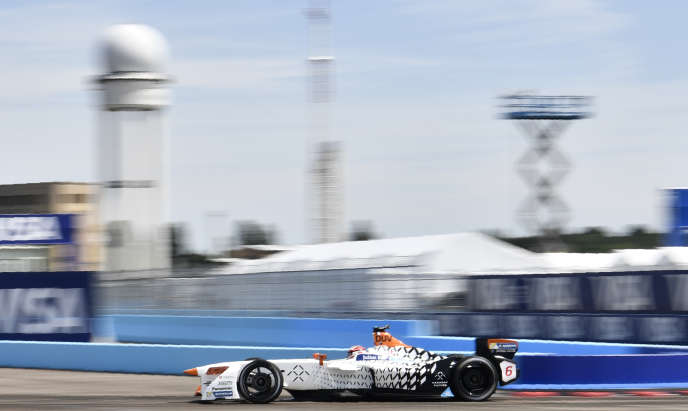 La PME française IES Synergy, spécialisée dans l'électrique de puissance utilisée dans les bornes de recharge rapide, équipe aussi des écuries de Formule E.