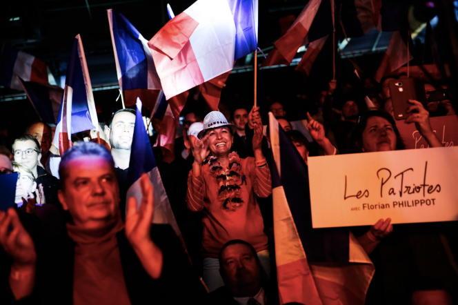 Des militants des Patriotes à Arras, le 18 février, lors du premier congrès du néo-parti.