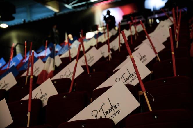 Dans la salle de conférence du premier congrès des Patriotes, à Arras, le 18 février.