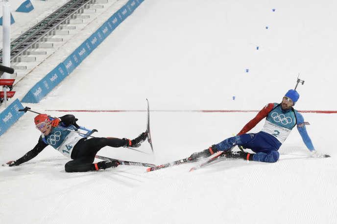 Martin Fourcade a remporté la mass start (15 km) en biathlon, dimanche 18 février.