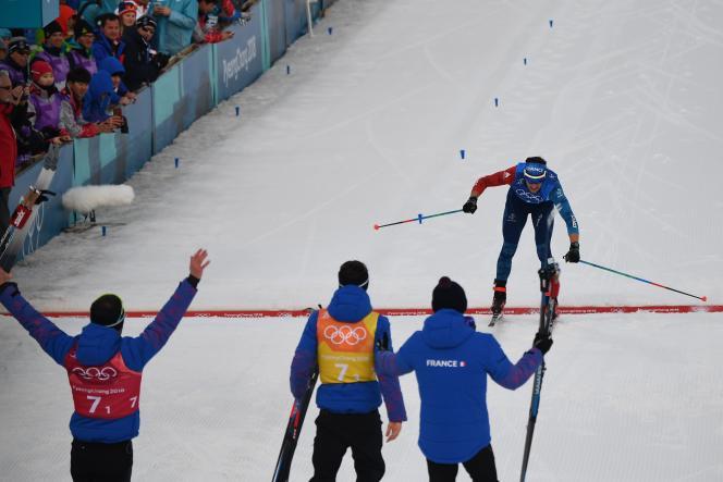 La joie des Bleus alors qu'Adrien Backscheider franchit la ligne d'arrivée, en troisième position.