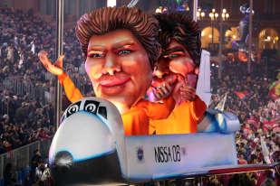 Le carnaval est «un symbole fort de notre cité», a insisté le maire. Christian Estrosi a par ailleurs indiqué qu'il avait souhaité organiser un feu d'artifice le jour de l'incinération du Roi Carnaval qui marque traditionnellement la fin de la fête, mais qu'il a été obligé d'y renoncer à la demande de la préfecture en raison des contraintes de sécurité.