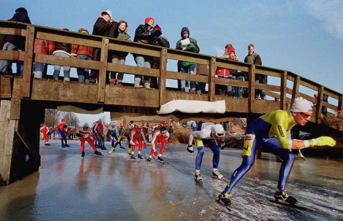 Les participants à la «course des onze villes», le 4 janvier 1997.