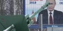 Affiche électorale de Vladimir Poutine pour la présidentielle du 18 mars, à Saint-Pétersbourg.