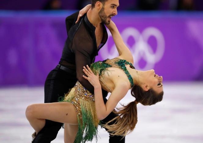 Gabriella Papadakis etGuillaume Cizeron lors de leur programme court de danse, le 19 février, aux JO d'hiver 2018 en Corée du Sud.