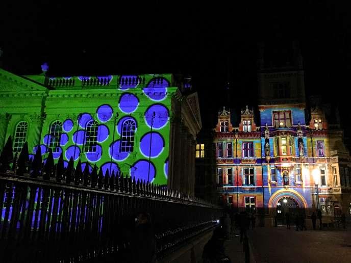 En février, le festival e-Luminate rivalise de technologies pour mettre la ville de Cambridge en lumière.