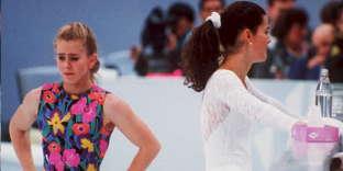 Tonya Harding et Nancy Kerrigan, le 17 février 1994 lors des Jeux olympiques d'hiver à Lillehammer.