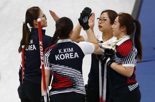 La« Kim Team» après sa victoire contre le Danemark.