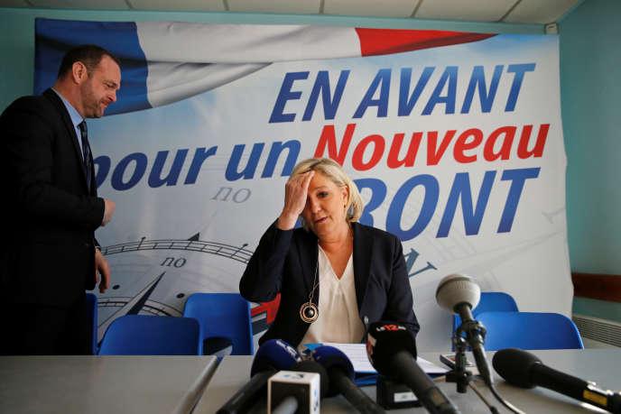 Marine Le Pen, lors d'une conférence de presse à Laon (Aisne), le 18 février.