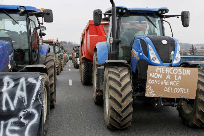Dans certains Etats membres les agriculteurs n'ont cessé de protester ces derniers mois contre l'accord.