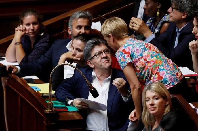 Jean-Luc Mélenchon et Clémentine Autain (de dos), à l'Assemblée nationale, en juillet 2017.