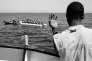 En Méditérranée,le 28 mars 2016, le navire humanitaire «Aquarius» recueille des migrants partis de Libye.