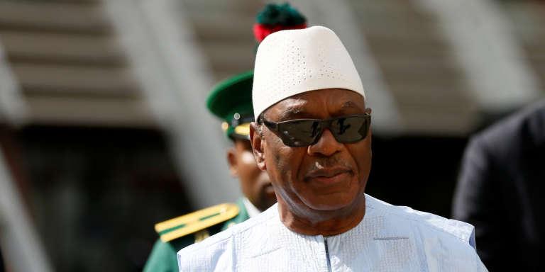 Le président malien, Ibrahim Boubacar Keïta, le 16décembre 2017 à Abuja, au Nigeria.