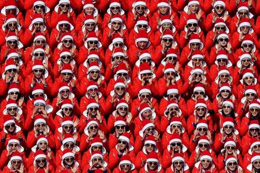 Le congrès des Pères Noël.