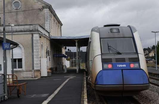 Un TER en gare de Sarlat (Dordogne), le 20 février.