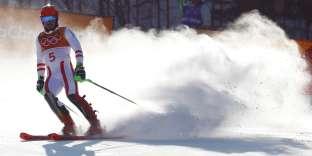 L'Autrichien, double médaillé durant les Jeux de Pyeongchang, est sorti dès la première manche du slalom.