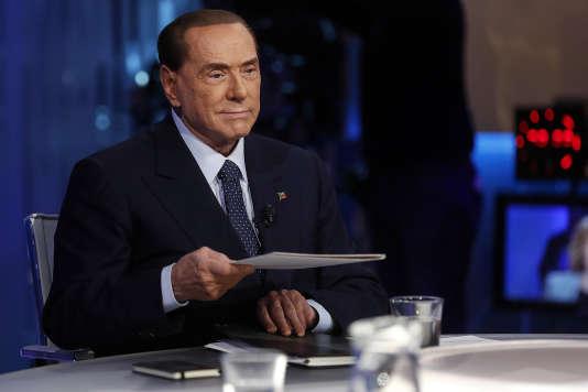 Silvio Berlusconi, sur un plateau de télévison, à Rome, le 21 février.
