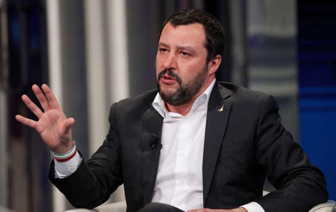Matteo Salvini, le dirigeant de la Ligue du Nord, sur un plateau de télévision, à Rome, le 18 janvier.
