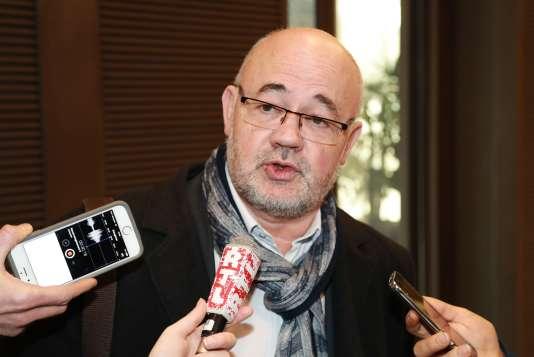 Michel Beaugas, de Force ouvrière, répond aux questions des journalistes, le 22février.