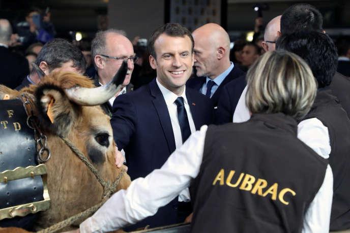 Le président Emmanuel Macron lors de l'inauguratuin du Salon de l'agriculture, porte de Versailles, à Paris, samedi 24 février.