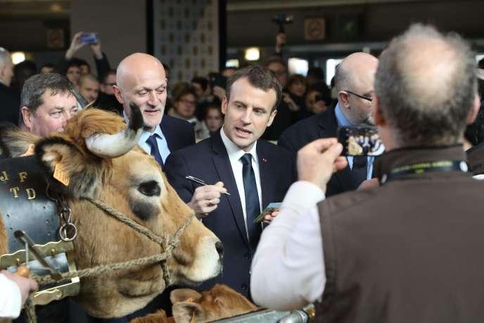 Emmanuel Macron lors du Salon de l'agriculture le 24 février à Paris.
