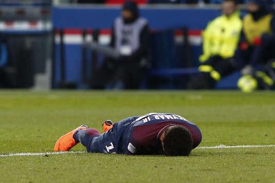 Un premier point sur le retour de Neymar à la compétition sera fait dans six semaines.