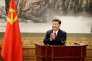 Le président Xi Jinping applaudit après son discours devant le nouveau comité central du Parti communiste chinois, le 25 octobre 2017.