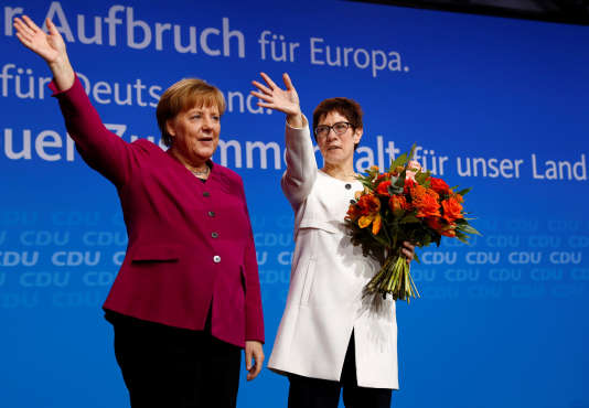 Angela Merkel et Annegret Kramp-Karrenbauer au Congrès de la CDU, le 26 février.
