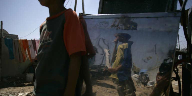Dans un bidonville de Casablanca, au Maroc, en 2007.