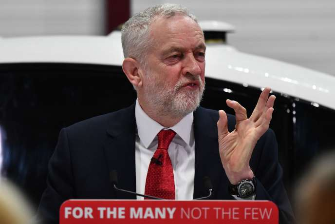 Le leader du Parti travailliste, Jeremy Corbyn,  à l'université de Coventry (West Midlands), le 26 février.