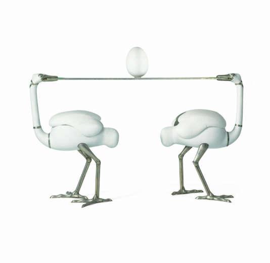 La sculpture-bar « Les Autruches », de François-Xavier Lalanne (1967-1970), a été vendue pour près de 6 millions d'euros chez Sotheby's en décembre 2017,deuxième plus haut prix pour l'artiste.