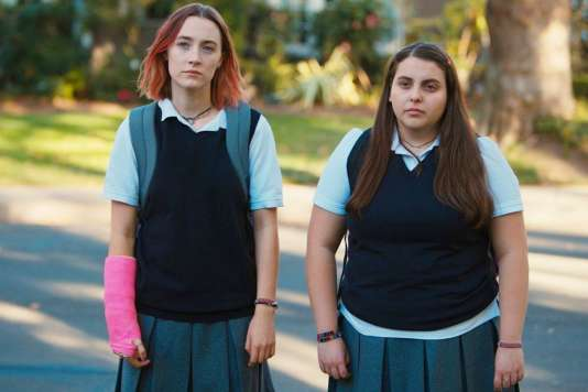 Saoirse Ronan (à gauche) etBeanie Feldstein dans le film deGreta Gerwig,«Lady Bird».