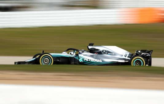 Peu de changements visibles, hormi le Halo, pour la Mercedes de Valtteri Bottas, le 27 février sur le circuit de Catalogne.