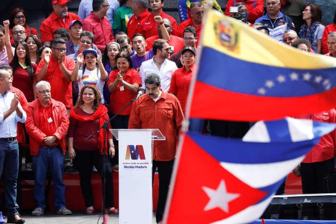 Nicolas Maduro lors d'un meeting, le 27 février 2018.