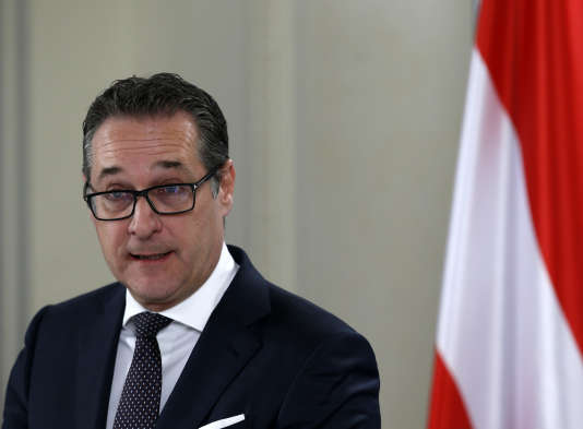 Le vice-chancelier autrichien Heinz-Christian Strache lors d'une conférence de presse, le 12 février.