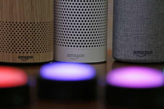 Amazon rachète la start-up Ring. Les futurs produits seront certainement bâtis autour de l'assistant vocal du géant du e-commerce, Alexa, et ses enceintes connectées Echo.