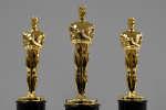 Des statuettes pour les Oscars, le 25 janvier, à New York.
