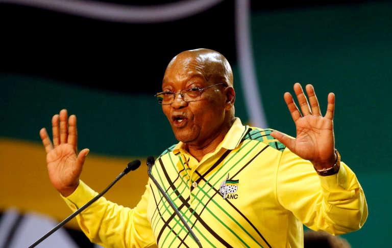M. Zuma, âgé de 75 ans, a été renvoyé le 16 mars dernier devant la justice pour fraude, corruption et blanchiment d'argent.
