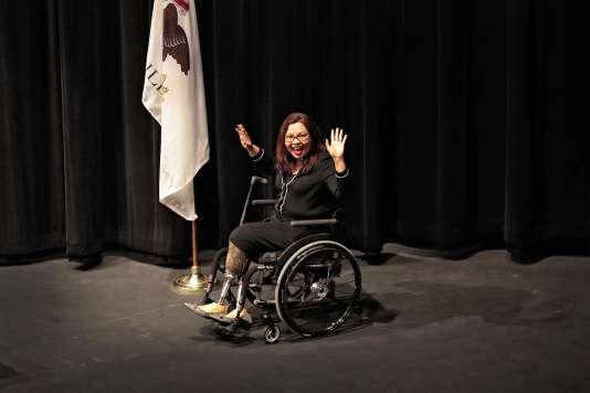 Tammy Duckworth a été blessée en Irak en 2004. Elle a été amputée des deux jambes et a perdu en partie l'usage de son bras droit.
