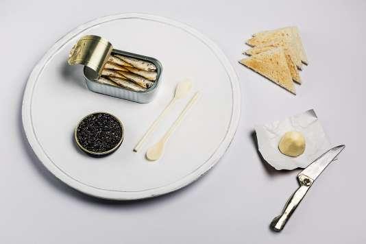 Pain de mie, sardine et... caviar.