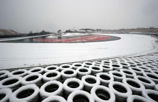 La troisième journée des essais hivernaux sur le circuit Catalunya (Espagne) a été perturbée par la neige le 28 février. L'occasion de faire un point sur les « livrées» 2018.