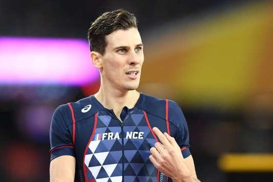 Pierre-Ambroise Bosse après sa victoire sur le 800m lors des championats du monde à Londres, le 8 août 2017.