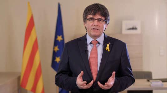 Carles Puigdemont dans la vidéo diffusée le 1er mars où il annonce renoncer «provisoirement» à briguer la présidence de la Catalogne.