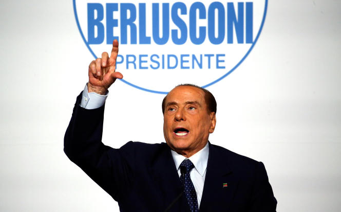 Silvio Berlusconi lors d'un metting à Rome, jeudi 1er mars.