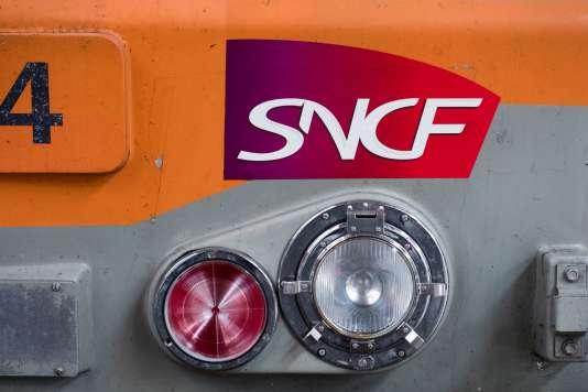 Les quatre syndicats représentatifs de la SNCF (CGT, UNSA, SUD rail, CFDT) ont décidé d'attendre jusqu'au 15 mars avant d'arrêter une éventuelle date de grève.