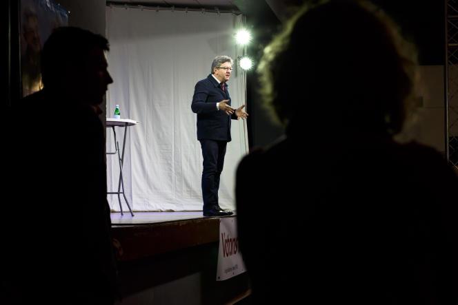Jean-Luc Mélenchon lors d'une réunion électorale, à Saint-Gaudens (Haute-Garonne), en juin 2017.