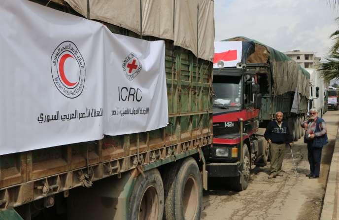 Un convoi d'aide internationale à Afrin, le 1er mars.