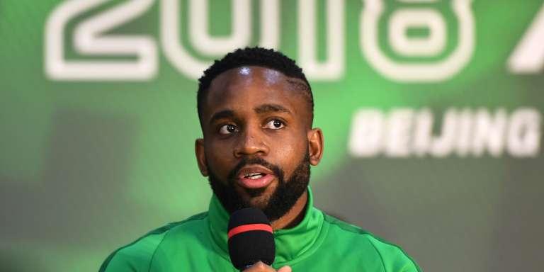 L'attaquant congolais Cedric Bakambu, après son arrivée dans le club chinois des Beijing Guoan le 1er mars 2018.