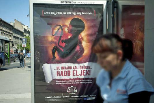 Publicité anti-IVG à Budapest, en Hongrie, en 2011.