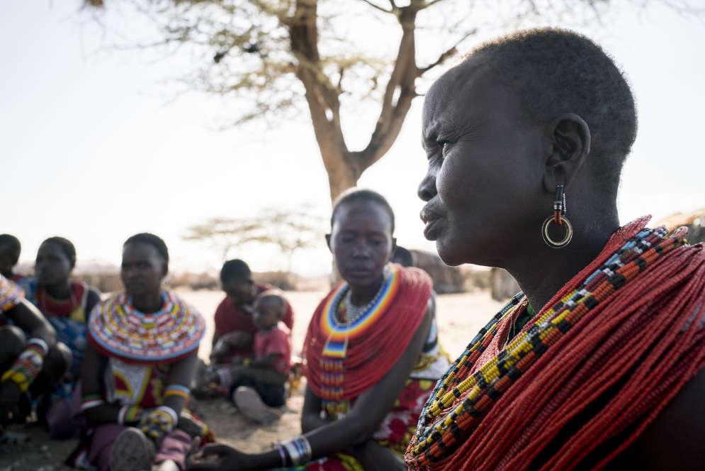Nepi Lelegweny, 42 ans, est la plus ancienne résidente de Mopukori. Elle est arrivée au village il y a vingt ans après avoir divorcé de son mari polygame. Ce dernier est parti avec une autre femme, les chèvres et les moutons.
